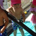 1歳児さんの水遊び