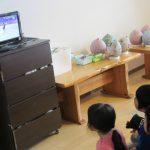 オリンピック観戦と3歳児の遊びの様子