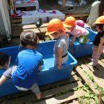 ☀園庭で水遊び